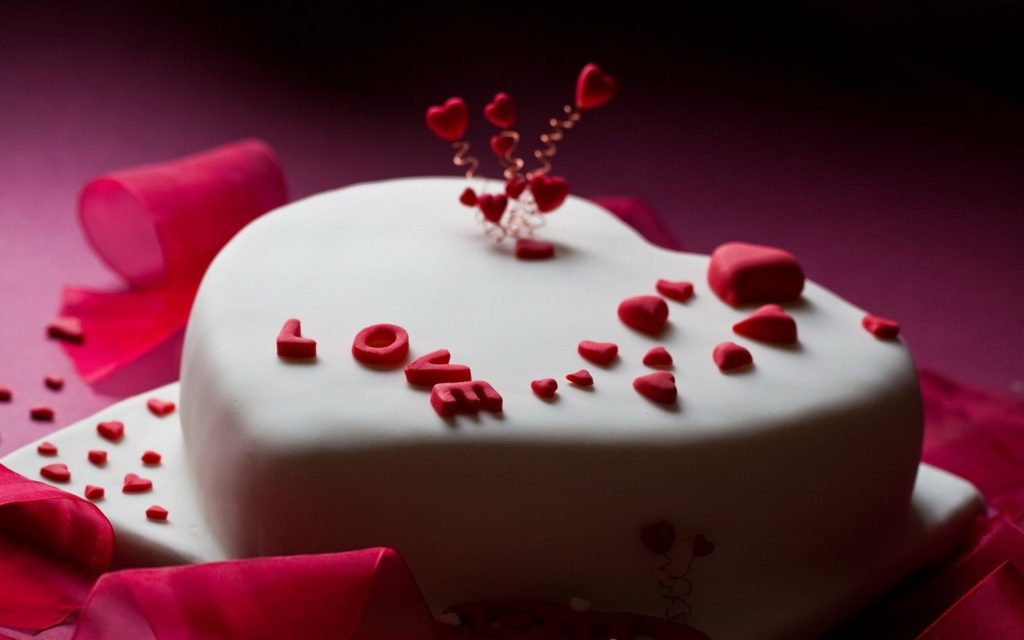 Heart Shape Birthday Cake for Husband